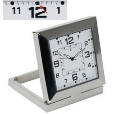 Reloj de mesa con cámara de video